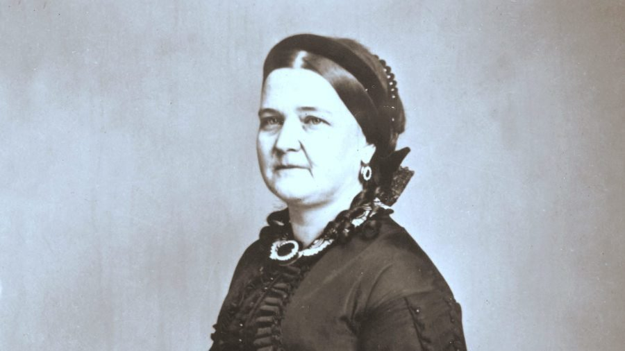 Mary Todd Lincoln: Reevaluating an Unkind Memory 2